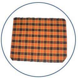 golden metal mesh mat