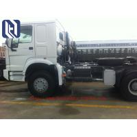China Sinotruk Howo 6x4 336 Hp Bulk Cement Truck For Tansport Powder 20m3 With Air Compressor on sale