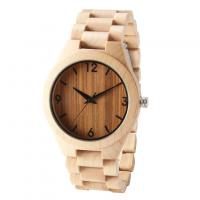 China Dropshipping Custom Anniversary Gift Engraved Wooden Men Watch Wristwatches Natural Maple Customized Wood Watch on sale