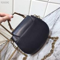 China CHARLES & KEITH  Whole Cowhide Original Metal Pearl Buckle Solid Metal Handle, Inside Inside Card Holder For All Cowhide for sale