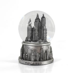 Wholesale Mini Silver Resin New York Snow Globe , Skyline Lady Liberty Snow Globe from china suppliers