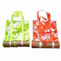 Wholesale Outdoor Straw Beach Mat, Various Designs are Available, with Comfortable Padding from china suppliers