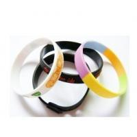 China Silicone Wristband /silicone bracelets/Baller bands on sale