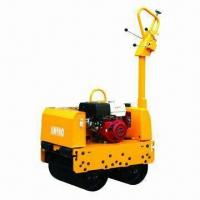 China Hydraulic Vibrating Roller with Double Drums, Kubota Engine and 12.5kN Centrifugal Force on sale