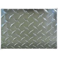 Quality Alloy 5052 H32 Aluminum Tread Plate Silver / Black Color With Checkered Surface for sale