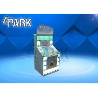 China Pinball Table Arcade Prize Vending Machine / Bar Game Machine Attract And Fashion on sale