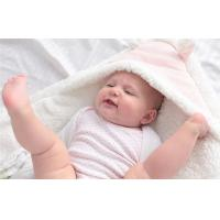 China Newborn baby gifts polyester fleece plush baby blankets To Keep Warm IN Home / Picnic on sale