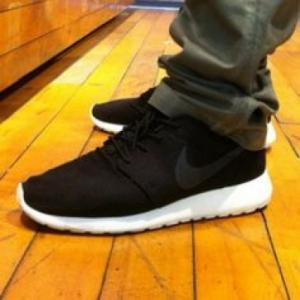 Wholesale Nike Roshe Running Shoes Black Sailgrey on Feet - ruyitrade. com from china suppliers
