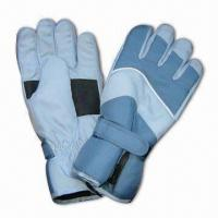 Wholesale Sports Ski Gloves with TR Lining, Made of 100% Polyester Shell from china suppliers