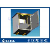 China Natural Ventilation Pole Mount Enclosure For Equipment Battery / Small Outdoor Box on sale
