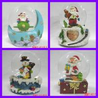 Wholesale polyresin water balls,water balls,polyresin gifts,water globes,water dome from china suppliers