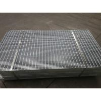 China Deformed Construction Gully Welded Steel Bar Grating Fence 30x2 Bolt Fixed Type on sale
