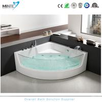 China Spa Classic Corner Jacuzzi Tub , Corner Whirlpool Tub With Transparent Glass Window on sale