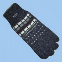 """Wholesale Men's 100 percent Acrylic Knitted Jacquard Glove with Thinsulateâ""""¢ Lining from china suppliers"""
