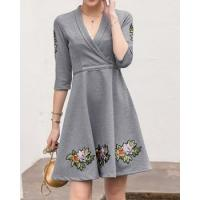 Buy cheap Autumn slim sweet embroidery dress from wholesalers