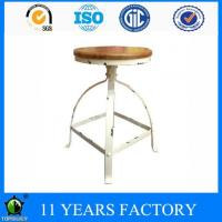 Vintage Look White Metal Frame Round Pinewood Outdoor Bar Stool Chairs