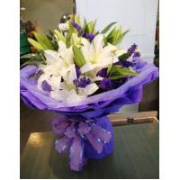 Wholesale Birthday 6 stem lilies with statice delivery NO.1 birthday gift to austr from china suppliers