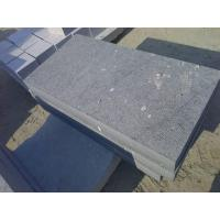China thick slabs paving Bush hammered black granite paver on sale