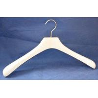 Buy cheap maple wood hanger from wholesalers